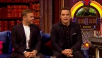 Gary et Robbie interview au Paul O Grady 07-10-2010 9a8840101821353