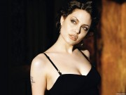 Angelina Jolie HQ wallpapers 651bcd107976980