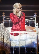 Nov 24, 2010 - Pixie Lott - The Crazycats Tour 078f6b108402043