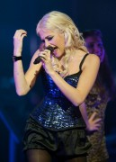 Nov 24, 2010 - Pixie Lott - The Crazycats Tour Abeb3c108402007