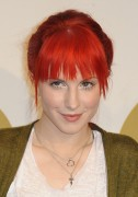 Hayley Williams - The Grammy Nominations Concert in LA (30.11.2010)