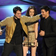 People's Choice Awards 2011 - Página 2 Fc10e0113947532