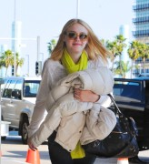 Dakota Fanning / Michael Sheen - Imagenes/Videos de Paparazzi / Estudio/ Eventos etc. - Página 2 980224120731574