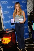 Amber Lancaster at Kari Feinstein MTV Movie Awards Style Lounge, 03 June, x4