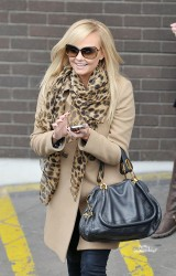 Эмма Бантон, фото 2257. Jan. 23th - London - Emma Bunton Leaving ITV Studios, foto 2257