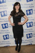 Зуи Дешанель, фото 1769. Zooey Deschanel Alliance For Children's Rights Annual Dinner in Beverly Hills - March 1, 2012, foto 1769