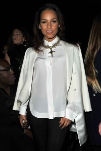 Алиша Киз (Алисия Кис), фото 3102. Alicia Keys Paris Fashion Week, 04.03.2012, foto 3102