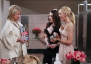 Kat Dennings & Beth Behrs - 2 Broke Girls Season 1 Episode 23 promos