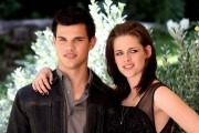 New & Old HQ pics of Kristen and Taylor at the Eclipse Rome Photocall 21293094899044